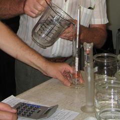 Schnapsseminar: Destillat verdünnen